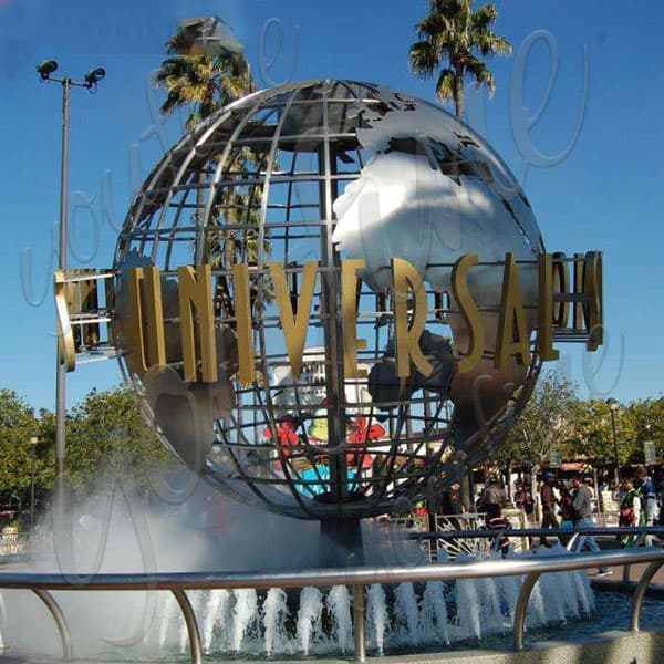 outdoor high polished metal sculpture for urban decor USA